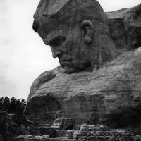 Фрагмент скульптурной композиции «Солдат»
