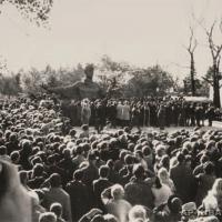 На открытии памятника С. Есенину, Рязань, 1975 г.