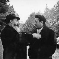 А.П. Кибальников и известный художник Т. Салахов